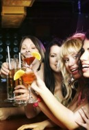 Women-Alcohol-640x426